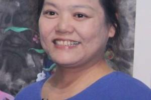 华夏书画艺术人物   杨学与她的泼彩绘画艺术